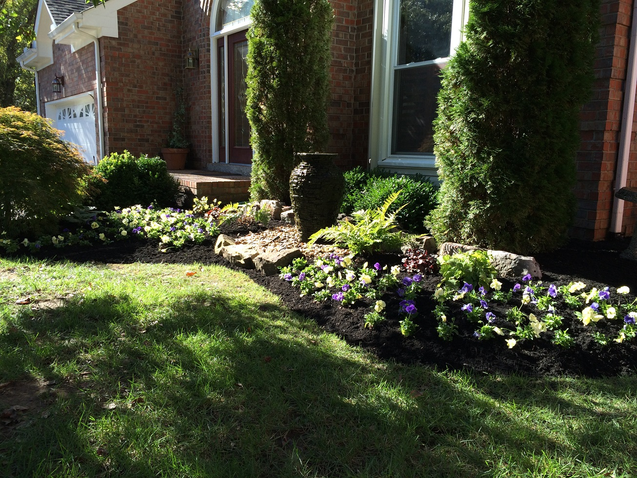 Landscaping and landscaping ideas jvi secret gardens for Garden landscaping ideas