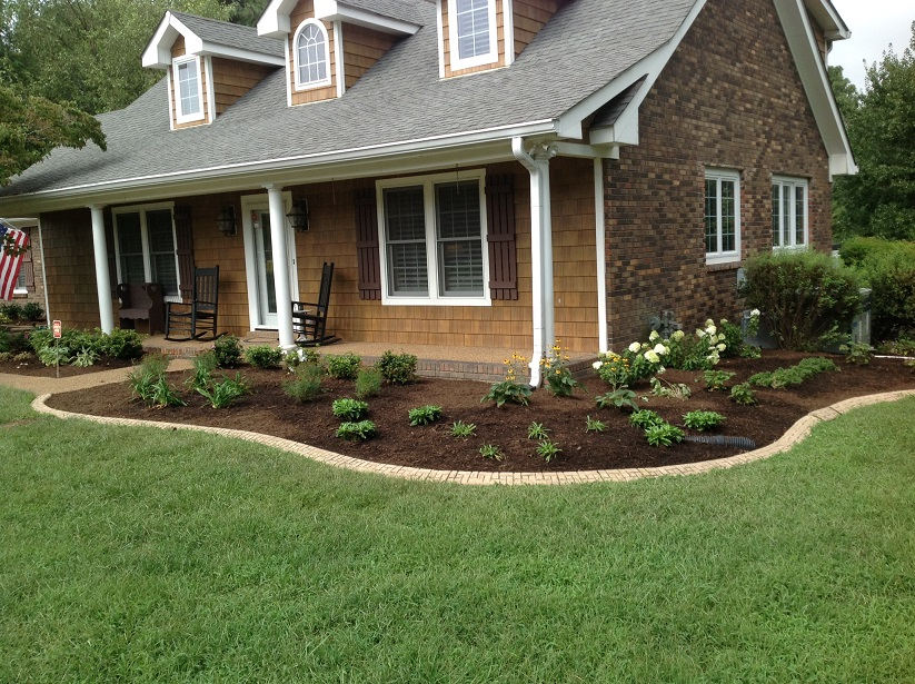 Residential landscaping ideas house decor ideas for Residential landscaping ideas