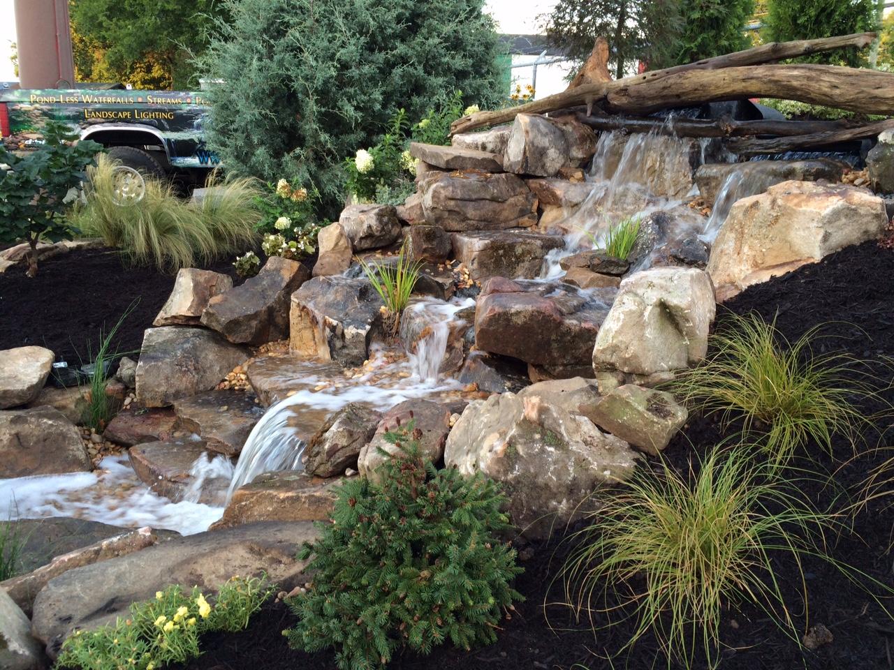 backyard fountainscape design